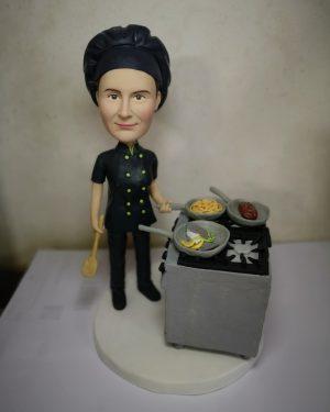 statuina-personalizzata-da-donna-cuoca